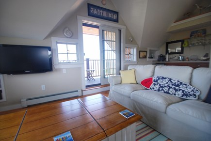 Madaket Nantucket vacation rental - Upstairs family room with Smart TV and wet bar
