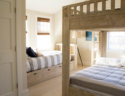 Siasconset Nantucket vacation rental - Double Bunk and single