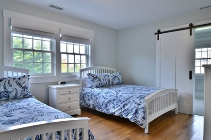 Nantucket town, Nantucket Nantucket vacation rental - Two Full Beds With Attached Playroom With Queen Futon