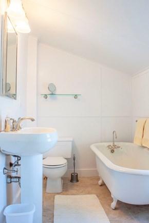 Brant Point, Nantucket Nantucket vacation rental - 2nd Floor Bath