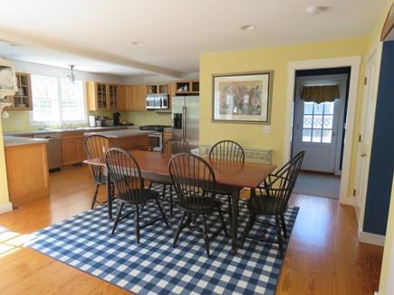 Mid-island, Naushop Nantucket vacation rental - Dinette area
