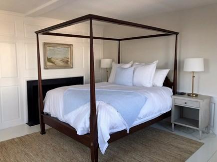 """Nantucket town Nantucket vacation rental - 2nd Floor master bedroom with Queen bed, 40"""" flat screen TV"""