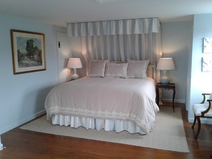 Siasconset Nantucket vacation rental - Cozy, king bed in Master Bedroom.  The mattress is brand new.