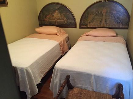Brant Point Nantucket vacation rental - Twin bedroom on Second Floor