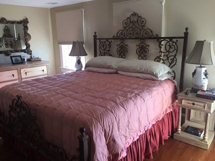 Brant Point Nantucket vacation rental - Master Bedroom with king bed en suite on Second Floor