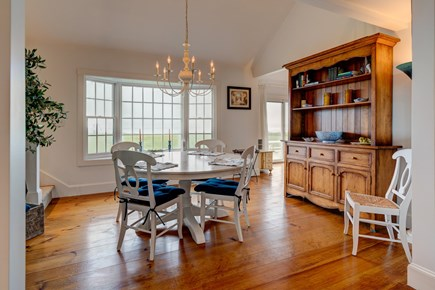 Nantucket town Nantucket vacation rental - Dine with natural light