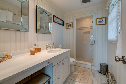 Nantucket town Nantucket vacation rental - Enjoy the fancy shower