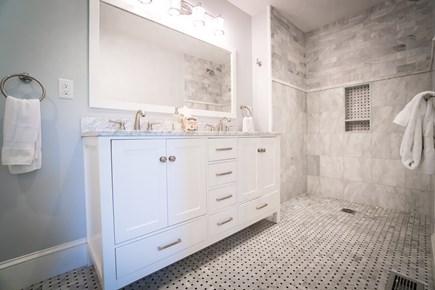 Surfside, Nantucket Nantucket vacation rental - Master bathroom