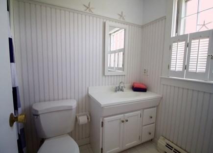 Surfside Nantucket vacation rental - Hall bath