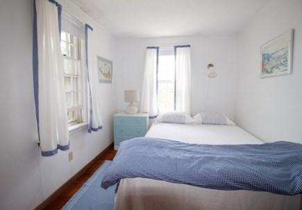 Surfside Nantucket vacation rental - Queen bedroom