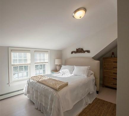 Nantucket town, Nantucket Nantucket vacation rental - 3rd floor queen with ensuite full bath and adjacent den.