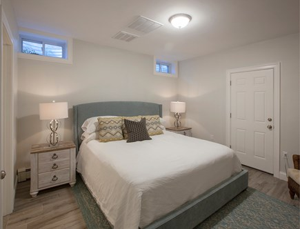Nantucket town, Nantucket Nantucket vacation rental - Basement king bed with ensuite bath/ walk in largemarble shower