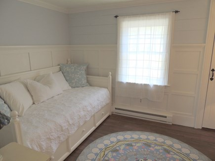 Monomoy Nantucket vacation rental - 2nd bedroom. Trundle bed