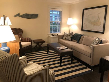 Mid-island Nantucket vacation rental - Den