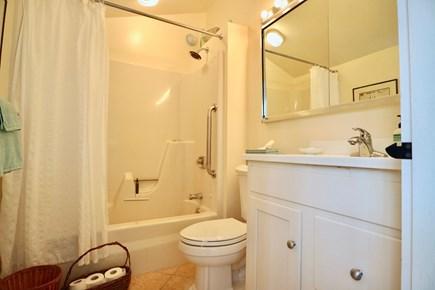 Siasconset Center Nantucket vacation rental - Bath