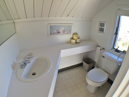 Madaket Nantucket vacation rental - En Suite Master Bathroom