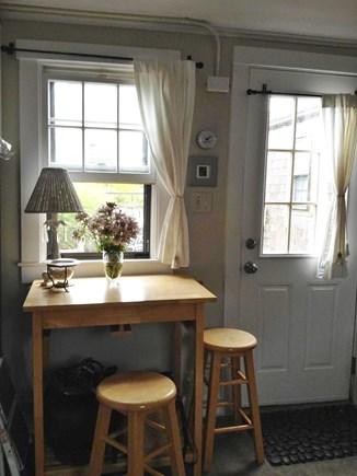 Nantucket town, Nantucket Nantucket vacation rental - Kitchen table