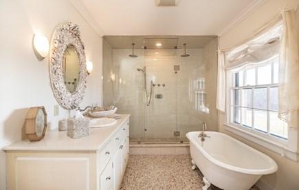 Tom Nevers Nantucket vacation rental - 1st Floor Master Bathroom