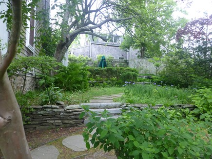 Nantucket town, In Town Nantucket vacation rental - East Gardens with upper Patio w/ umbrella for dining outside