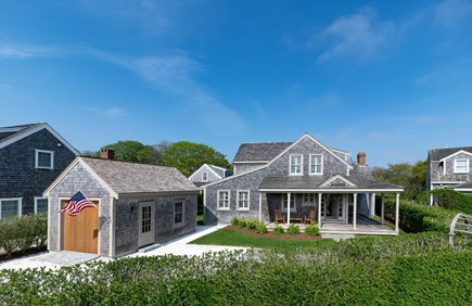 Cisco - Miacomet Nantucket vacation rental - Front showing parking and large covered porch