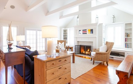 Cisco - Miacomet Nantucket vacation rental - Airy living room with gas fireplace