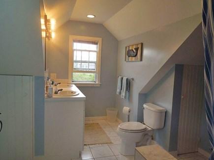 Cisco - Miacomet Nantucket vacation rental - Bath