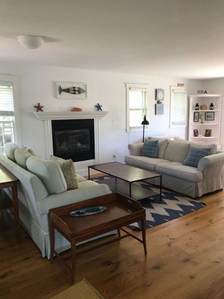 Cisco - Miacomet Nantucket vacation rental - Living room