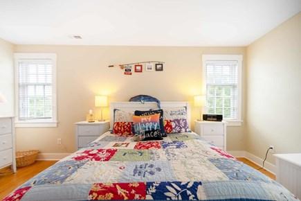 Mid-island, Naushop Nantucket vacation rental - Queen Bedroom 1