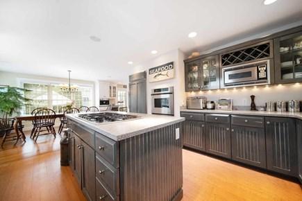 Mid-island, Naushop Nantucket vacation rental - Large kitchen with center island