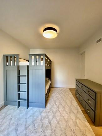 Nantucket town, Edge of Town/Cisco Nantucket vacation rental - Basement full-over-full bunk bed with en suite bathroom
