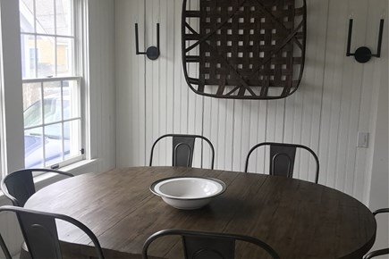 Siasconset, Steps To The Sand Nantucket vacation rental - Kitchen/ Dining Table