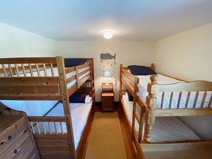 Madaket Nantucket vacation rental - Bunk room