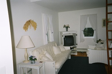 Siasconset Nantucket vacation rental - Bright and open living/dining room
