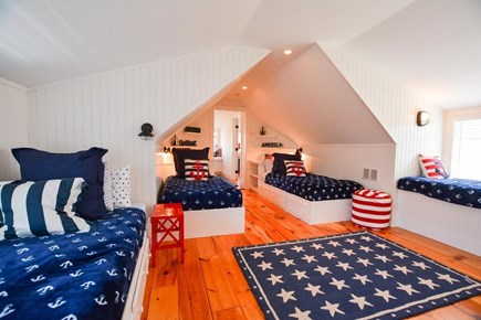 Nantucket town, Lincoln Circle Neighborhood Nantucket vacation rental - Second floor kids bunk room with 4 twin beds.