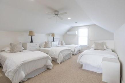 Mid-island, Naushop Nantucket vacation rental - Third floor - four twins