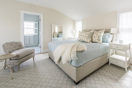 Nantucket town, Cliff area Nantucket vacation rental - King master bedroom: Sonos, TV, walk-in closets, attached bath