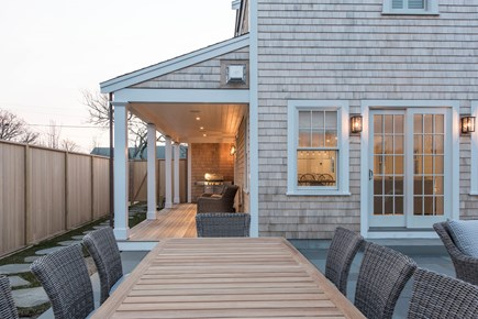 Nantucket town, Cliff area Nantucket vacation rental - Outdoor dining for 8