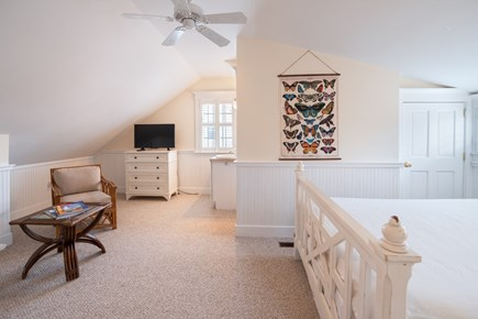 Mid-island Nantucket vacation rental - 3rd floor bedroom