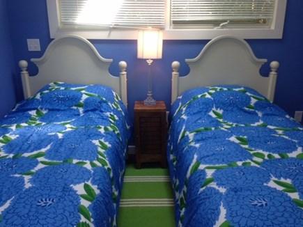 Nantucket town, Nantucket Cliff area Nantucket vacation rental - Cottage bedroom- 2 twins