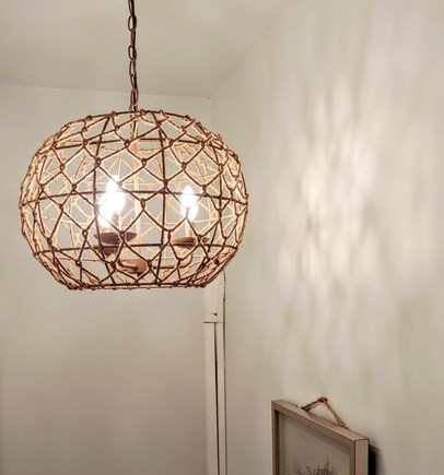 Nantucket town, Town Center Nantucket vacation rental - Sisal chandelier upon entry
