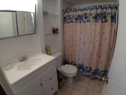 Madaket, 741 Nantucket vacation rental - Hall Bath
