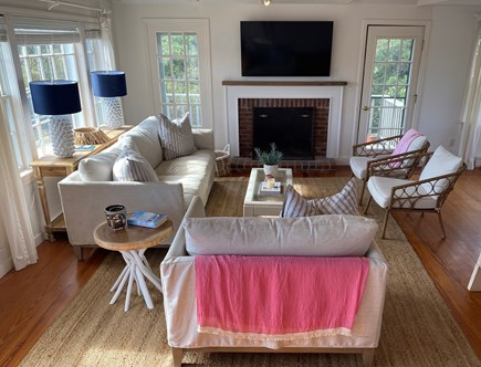 Surfside Nantucket vacation rental - Main house - Living room