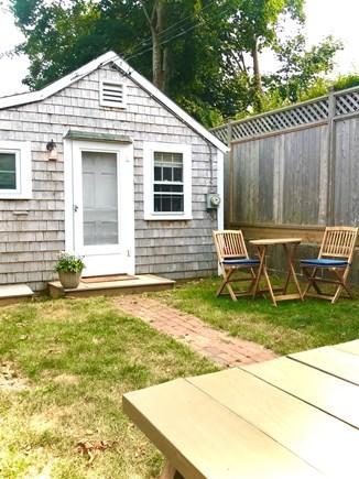 Nantucket town Nantucket vacation rental - Bistro and picnic table