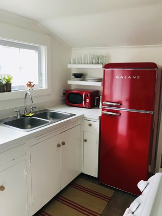 Nantucket town Nantucket vacation rental - Cute kitchen with updated appliances including washer/dryer