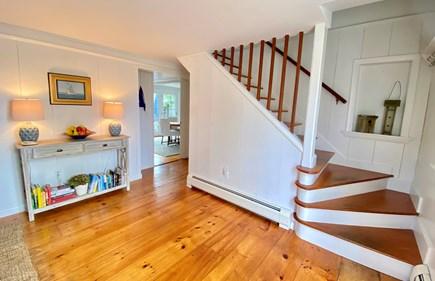 Nantucket town Nantucket vacation rental - Bright, open entryway
