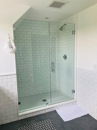 Nantucket town Nantucket vacation rental - Master bath
