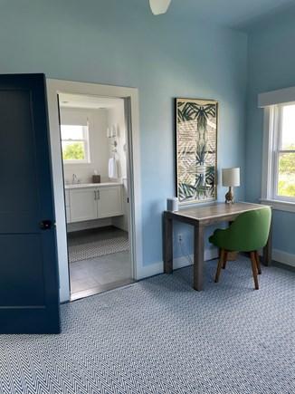 Nantucket town Nantucket vacation rental - Second floor master