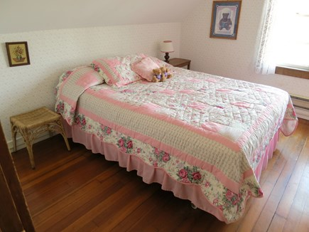 Nantucket town Nantucket vacation rental - Pink Bedroom (Queen Bed)