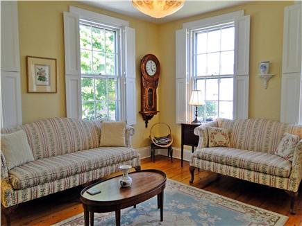 Nantucket town Nantucket vacation rental - Sunny living room