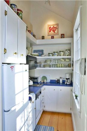 Nantucket town Nantucket vacation rental - Kitchen w/microwave and dishwasher